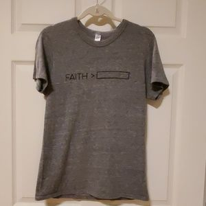 Alternative Earth Faith greater tee Medium